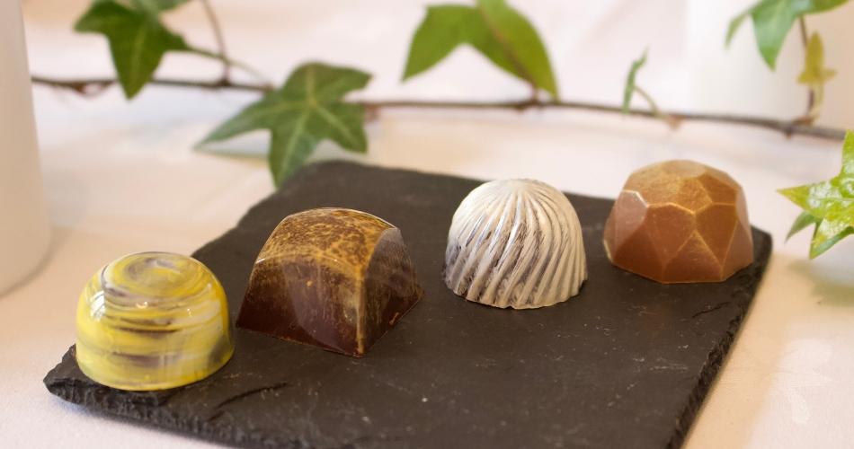 Image 2: Andrew King Chocolates
