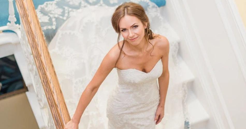Image 1: Pretty Smithy Bridal