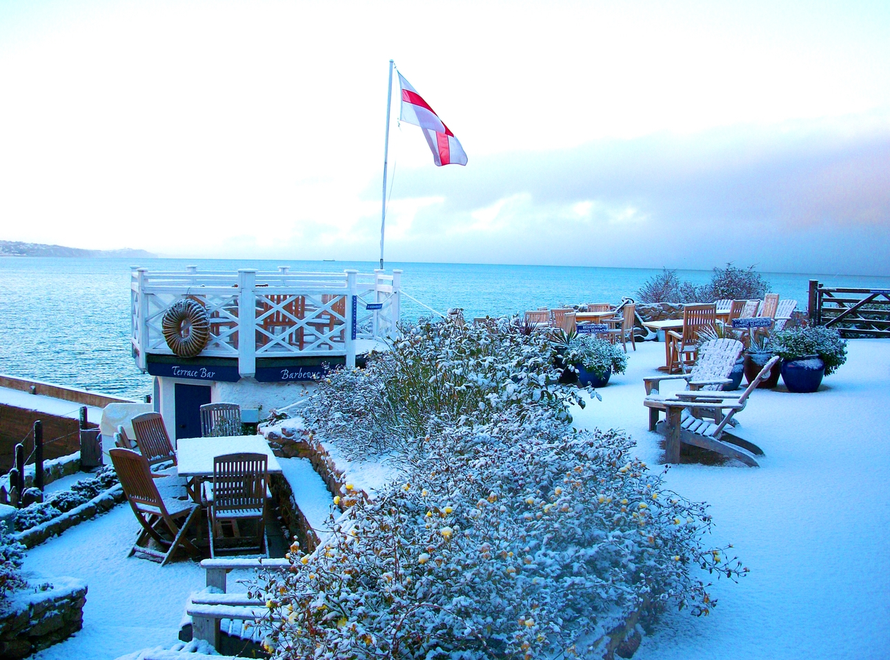 Curl up at award-winning The Cary Arms & Spa in Babbacombe Bay Devon this Christmas