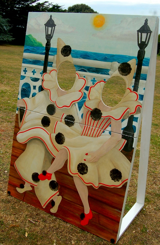 Devon Signs & Props unveil fun photo boards for seaside weddings