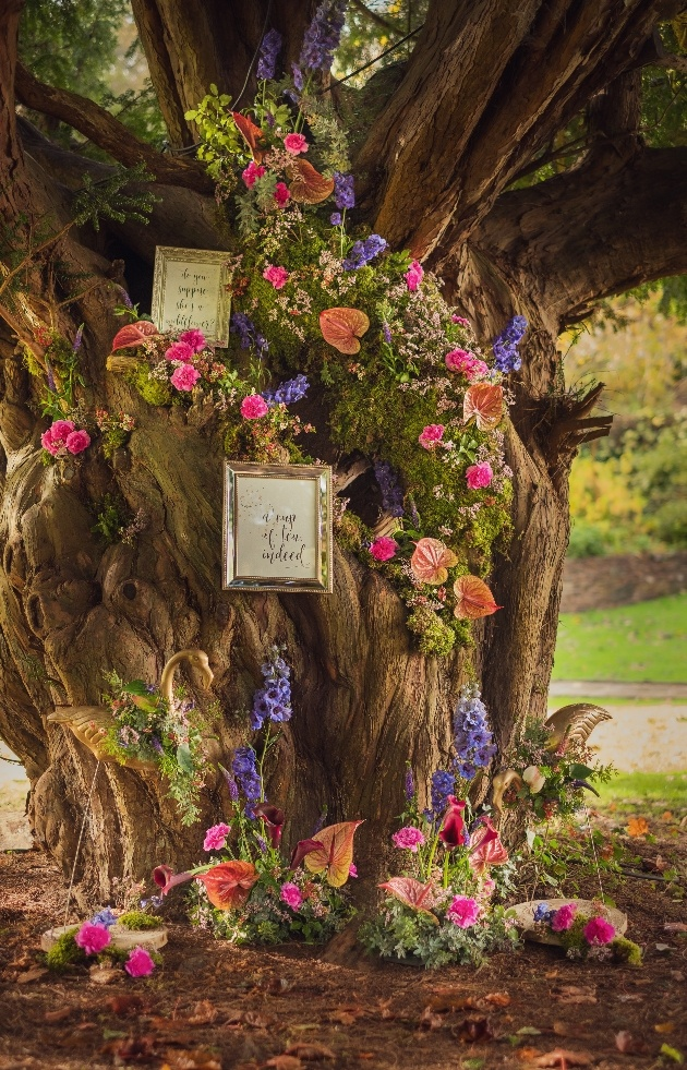 Talented local wedding suppliers collaborate on this Alice in Wonderland shoot: Image 8